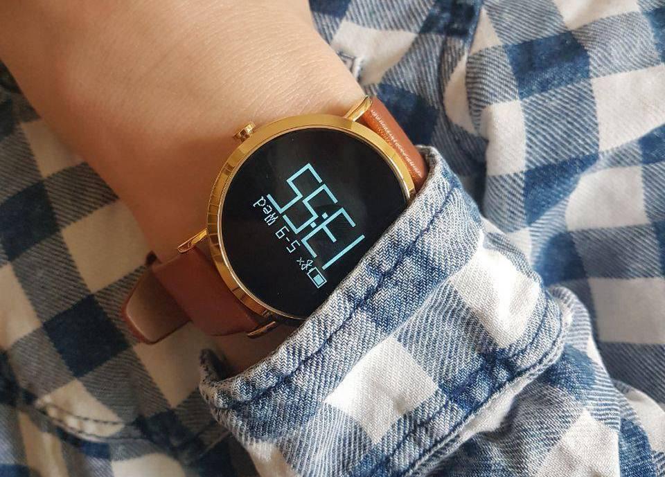 Украинцы выпустили умные часы для борьбы со стрессом
