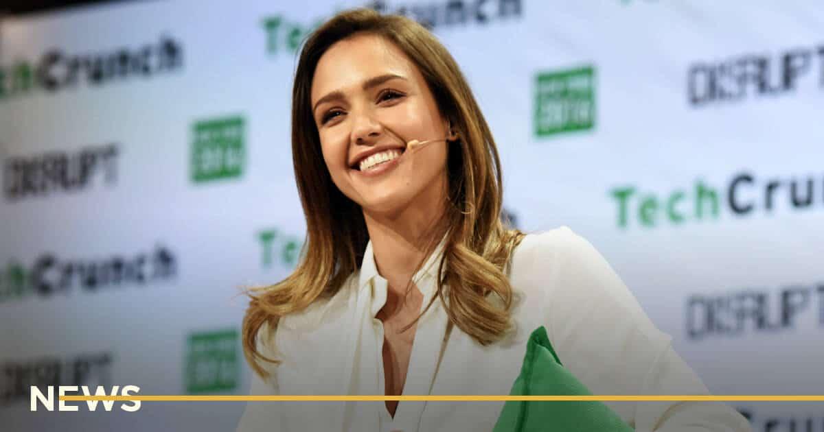 Компания Джессики Альбы привлекла $413 млн в ходе IPO