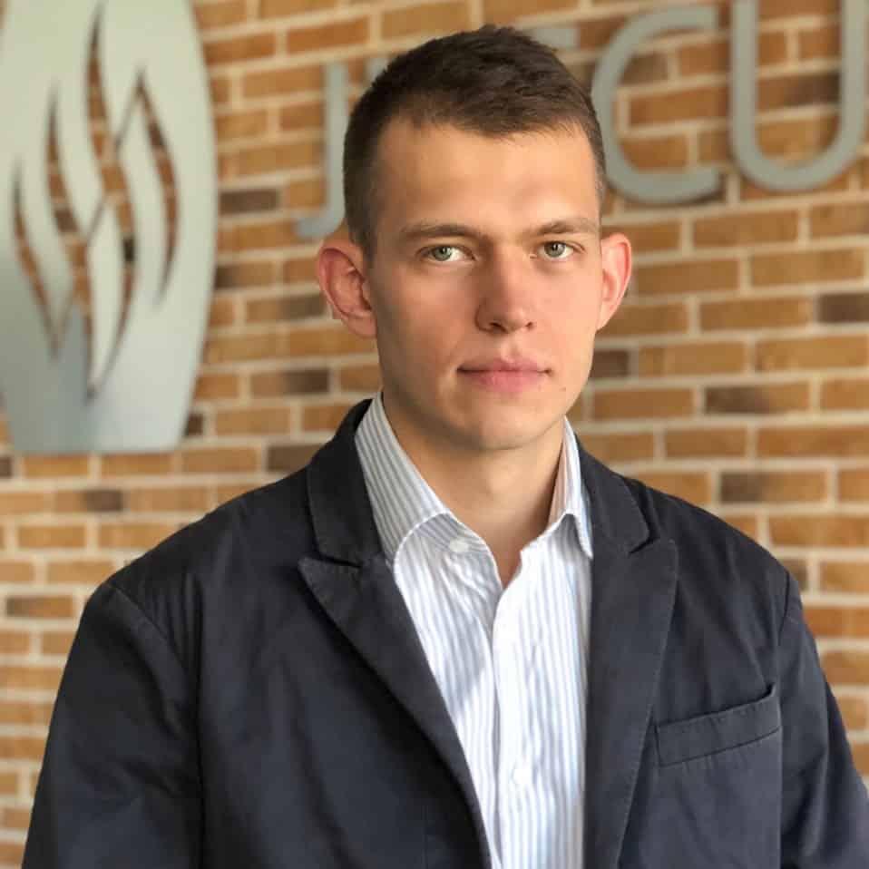 Антон Левченко Juskutum