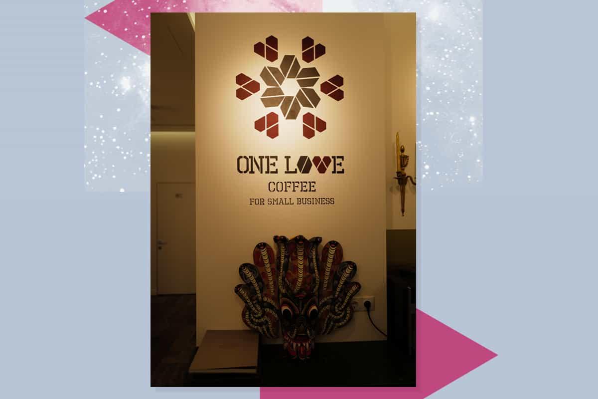 One Love Coffee корнер у YaremaDental