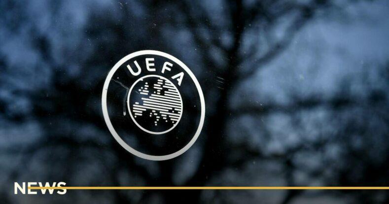 УЕФА попросили футболистов не убирать из кадра бутылки спонсоров Евро-2020