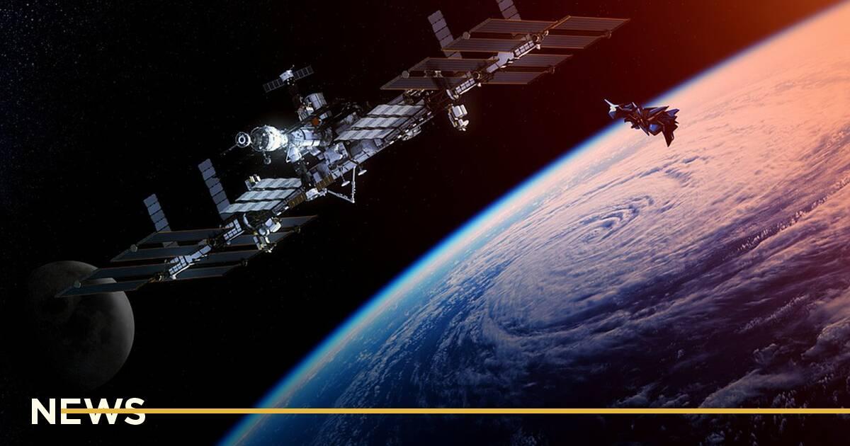 Китай побудує на орбіті кілометрові сонячні станції для передавання енергії на Землю