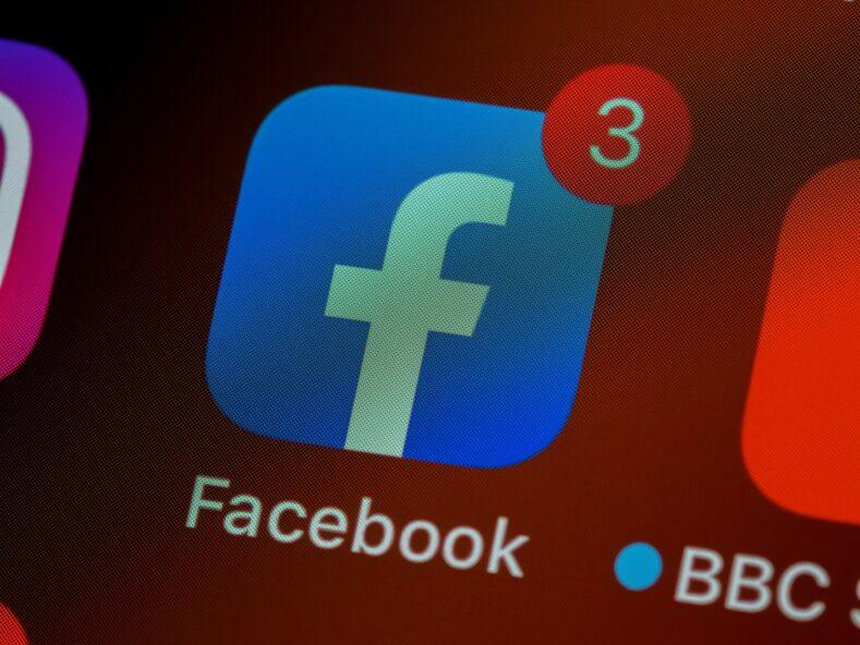 Facebook Whatsapp Instagram не работают