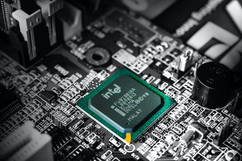 Intel Apple Windows